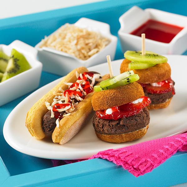mini hot dog sundaes smucker 39 s. Black Bedroom Furniture Sets. Home Design Ideas