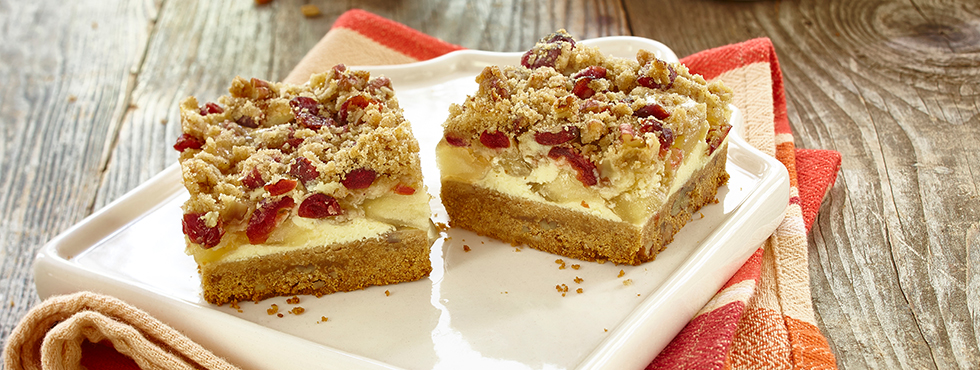 Harvest Apple Streusel Squares | Recipes