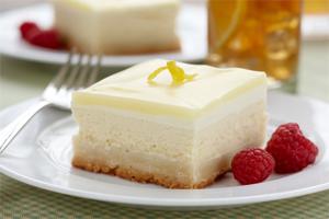 Lemon Glazed Cheesecake Squares