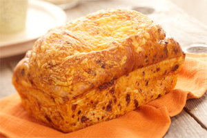 Cheese 'n Onion Bread