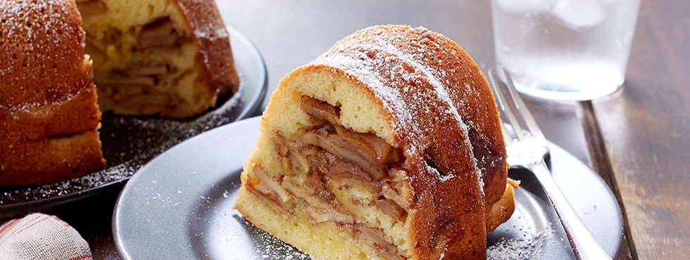Grandma's Cinnamon Apple Cake | Recipes