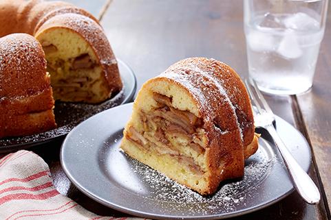 Grandma's Cinnamon Apple Cake