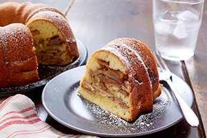 Grandma's Cinnamon Apple Cake