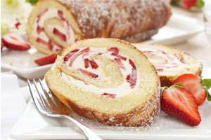 Strawberries'n Cream Log