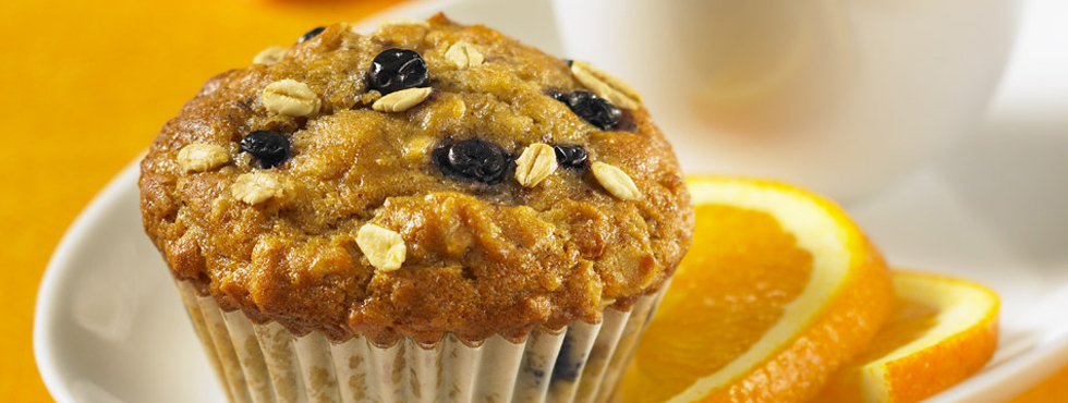 Blueberry Oat Flaxseed Muffins | Recipes | Robin Hood®