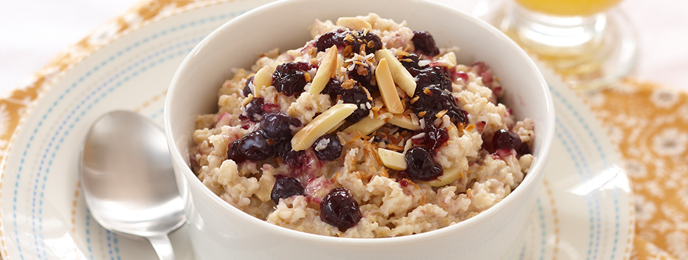 Crunchy Blueberry Oatmeal | Recipes