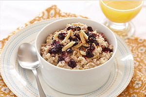 Crunchy Blueberry Oatmeal