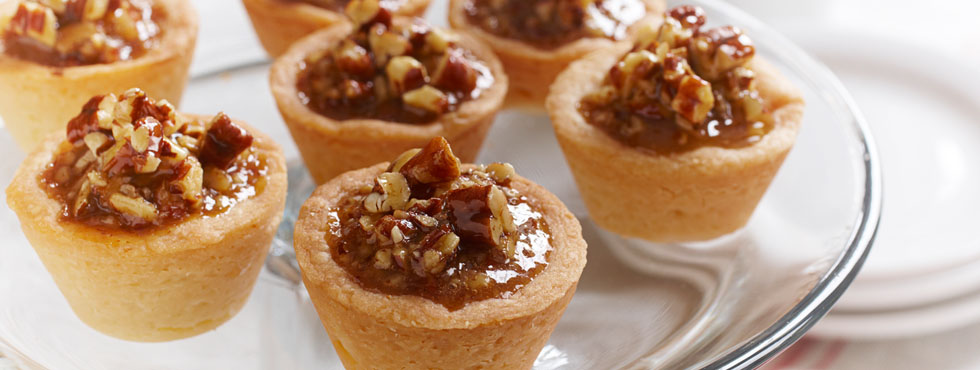 Gooey Butterscotch Pecan Tarts | Recipes