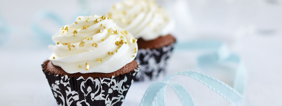 Creamy Filled Chocolate Cupcakes   Recipes