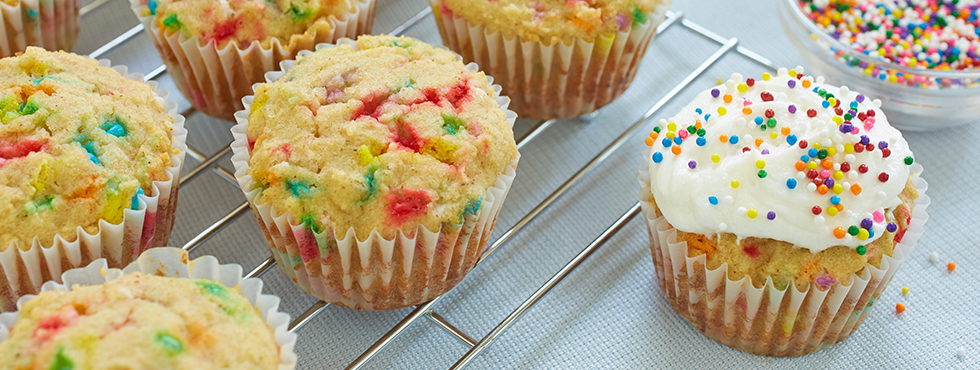 Party Time Vanilla Cupcakes* | Recipes