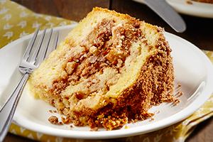 Apple Cinnamon Swirl Cake