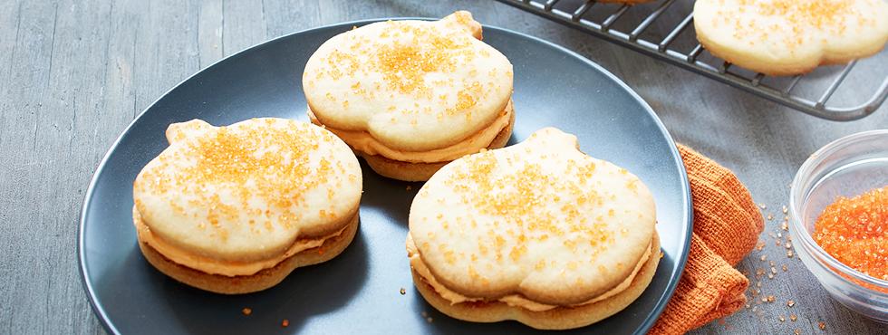 Pumpkin Shortbread Sandwiches | Recipes