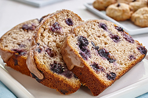 Gluten Free* Banana Blueberry Loaf with Cinnamon Drizzle<br />