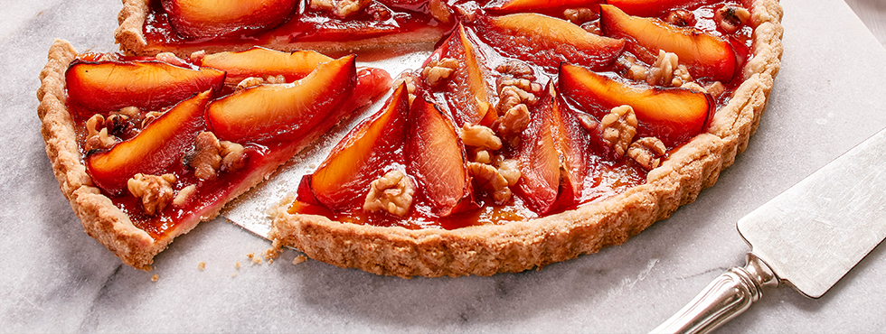 Plumiest Plum Tart | Recipes