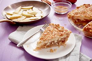 Caramel Apple Cheese Danish Pie