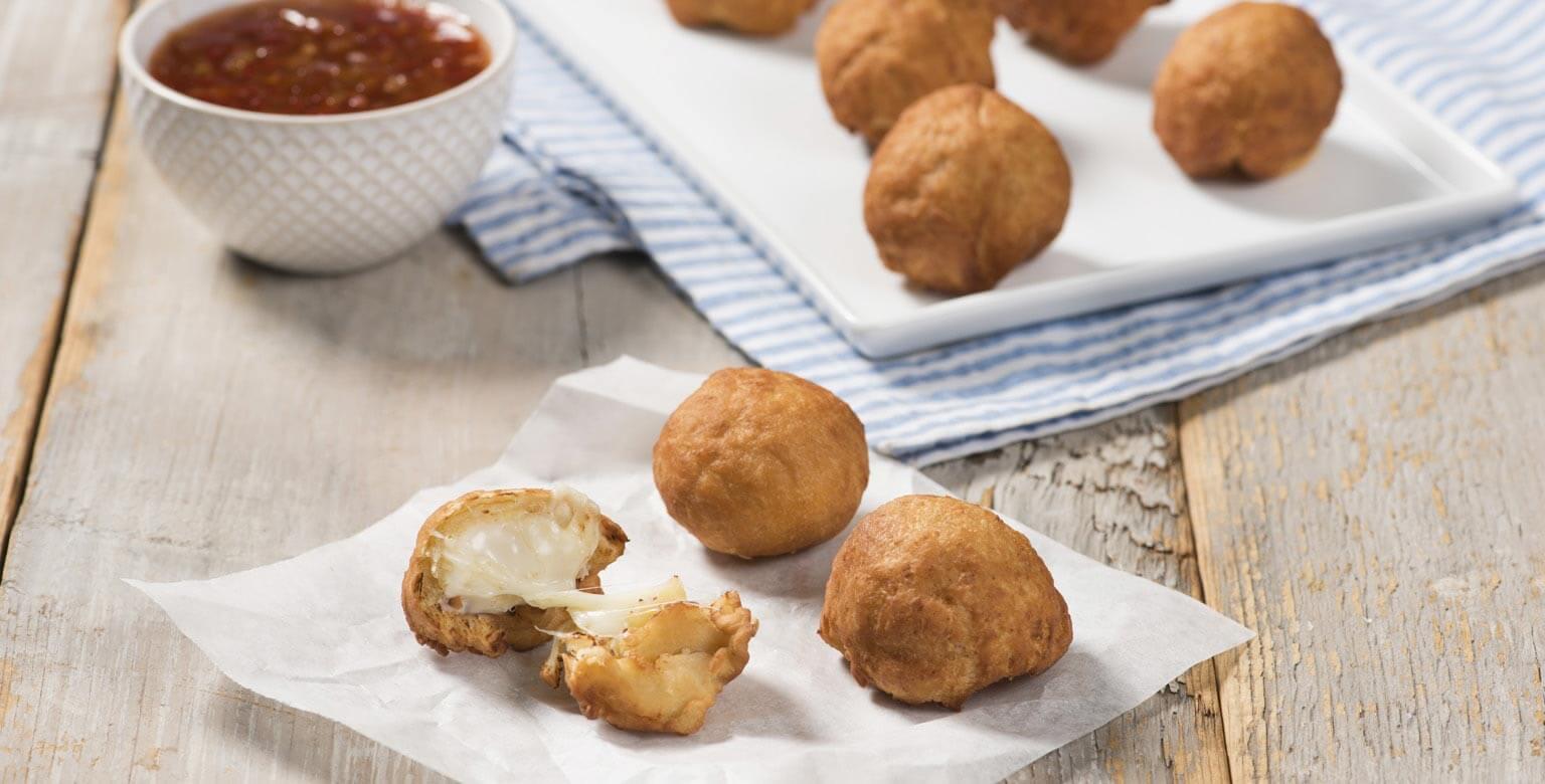 Voir la recette - Beignets avec trempette sucrée et épicée