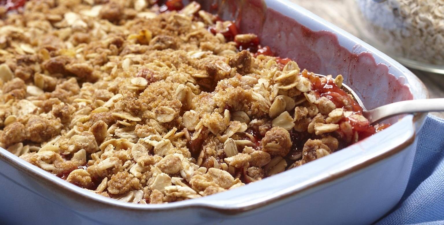 Voir la recette - Croustade à la rhubarbe et aux fraises
