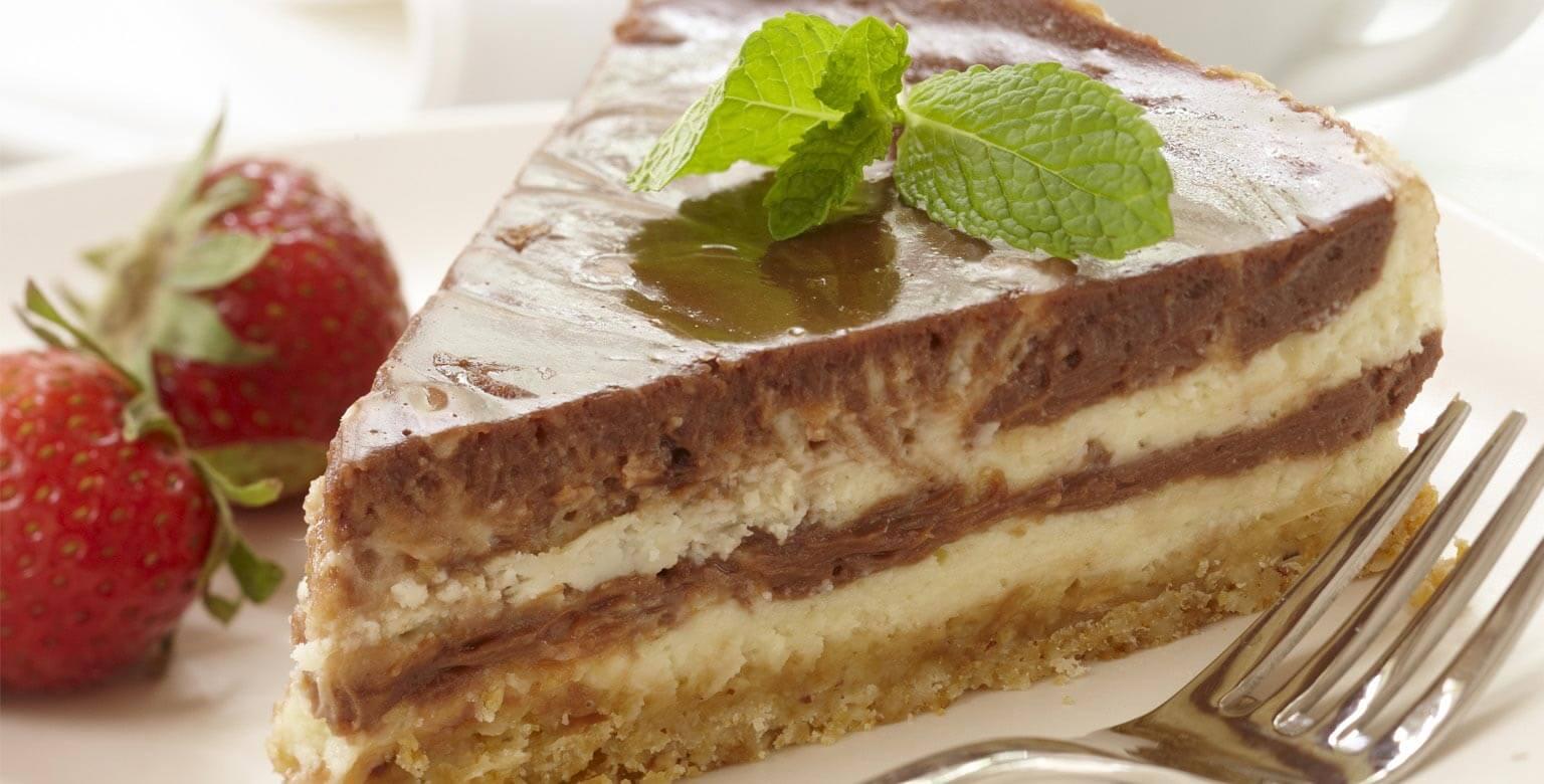 Voir la recette - Gâteau au fromage marbré au chocolat et aux noisettes