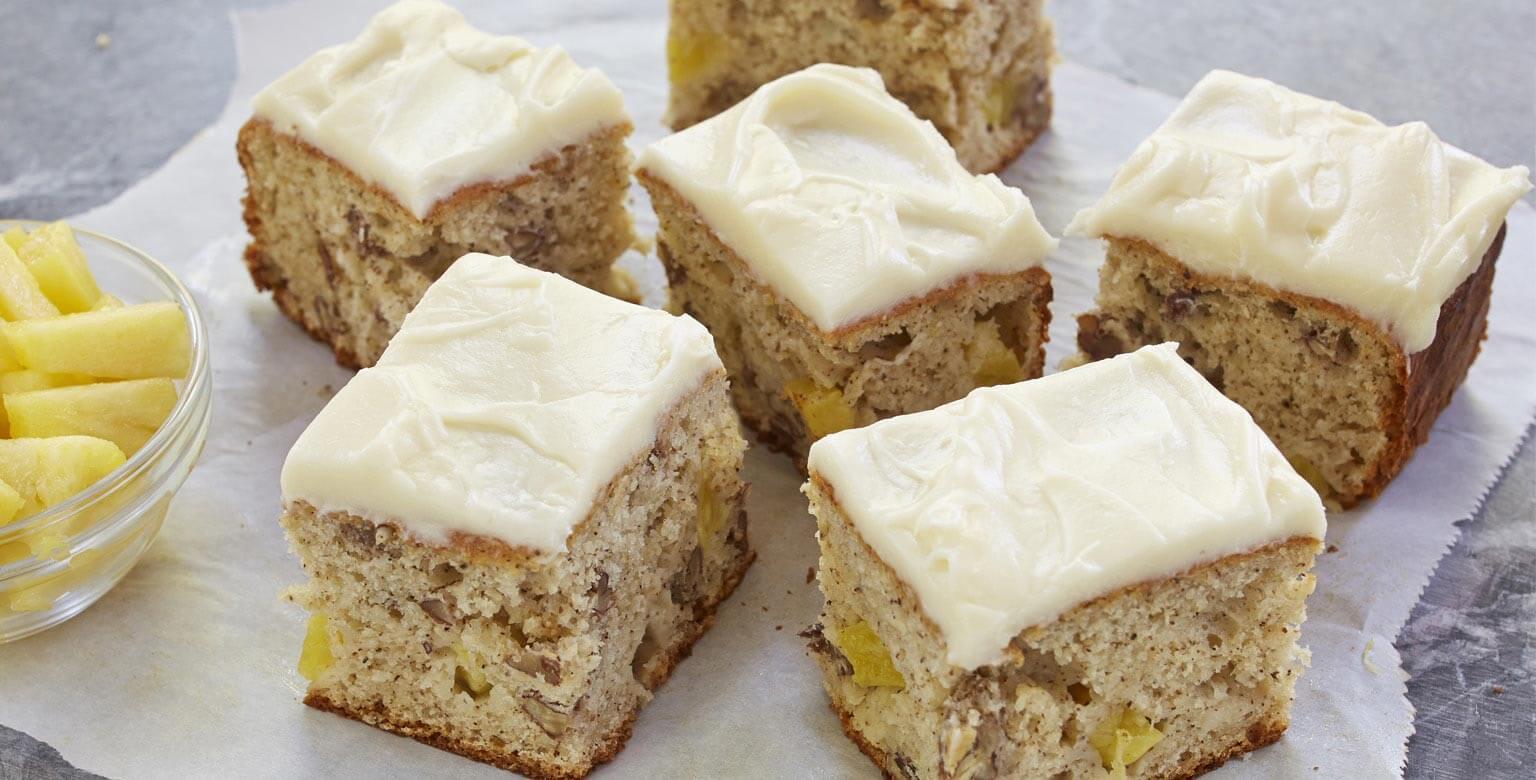 Voir la recette - Gâteau-collation aux bananes, pacanes et ananas