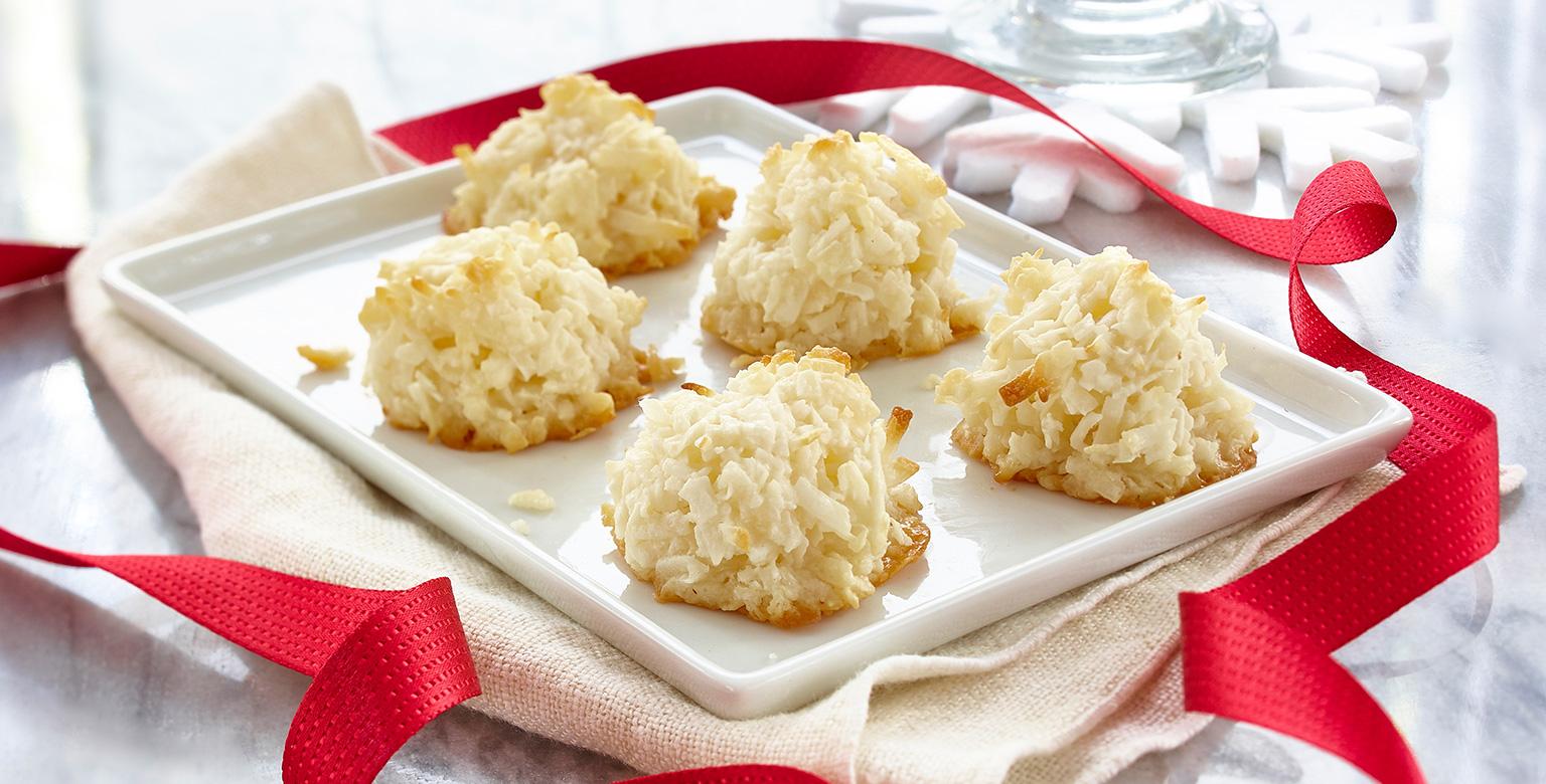 Voir la recette - Macarons enneigés à la noix de coco