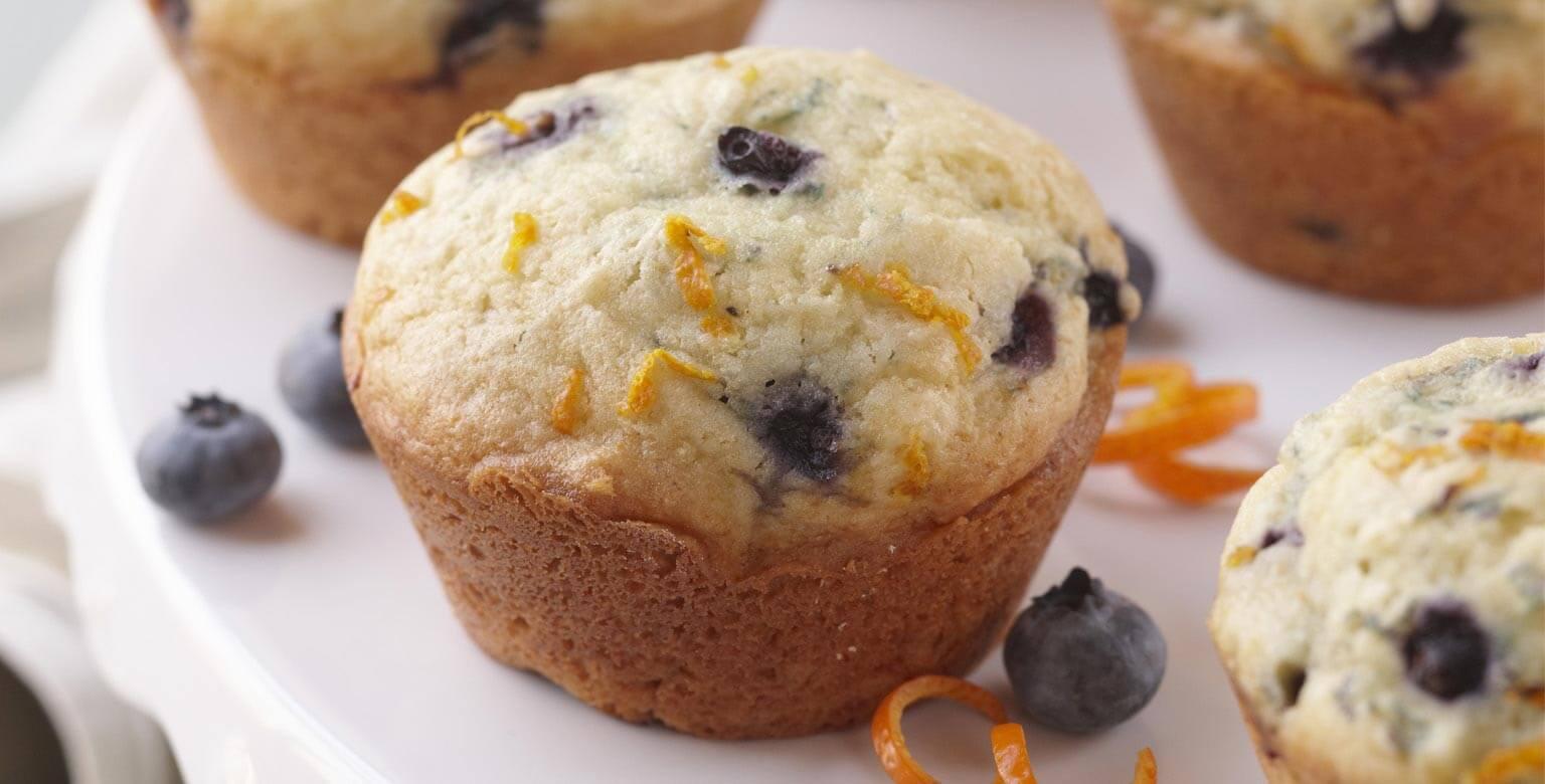 robinhood muffins l 39 orange et aux bleuets. Black Bedroom Furniture Sets. Home Design Ideas