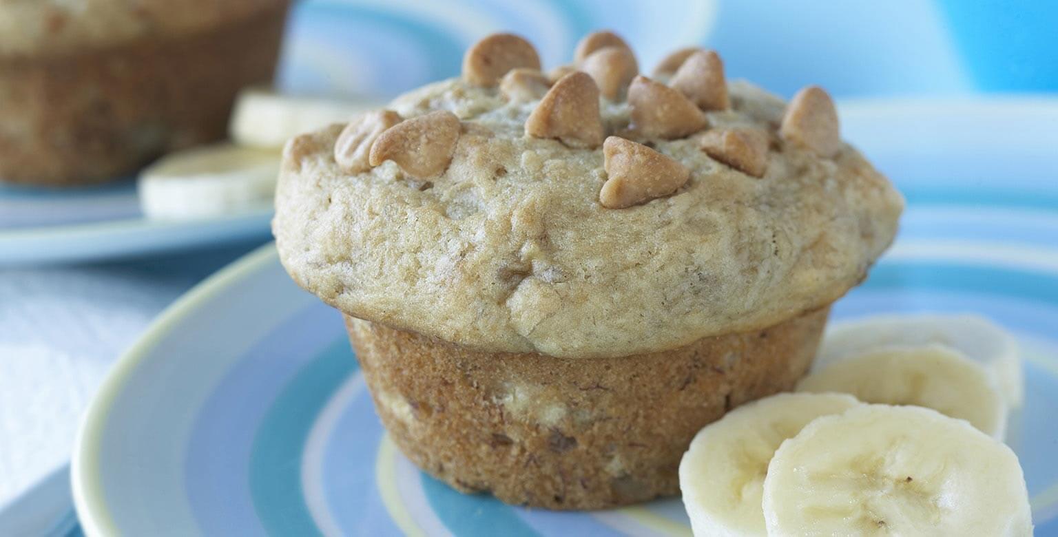 Voir la recette - Muffins au beurre d'arachide et aux bananes