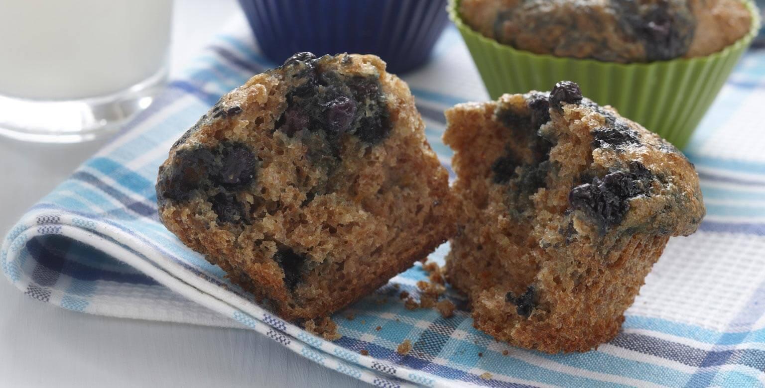 Voir la recette - Muffins au son et aux bleuets