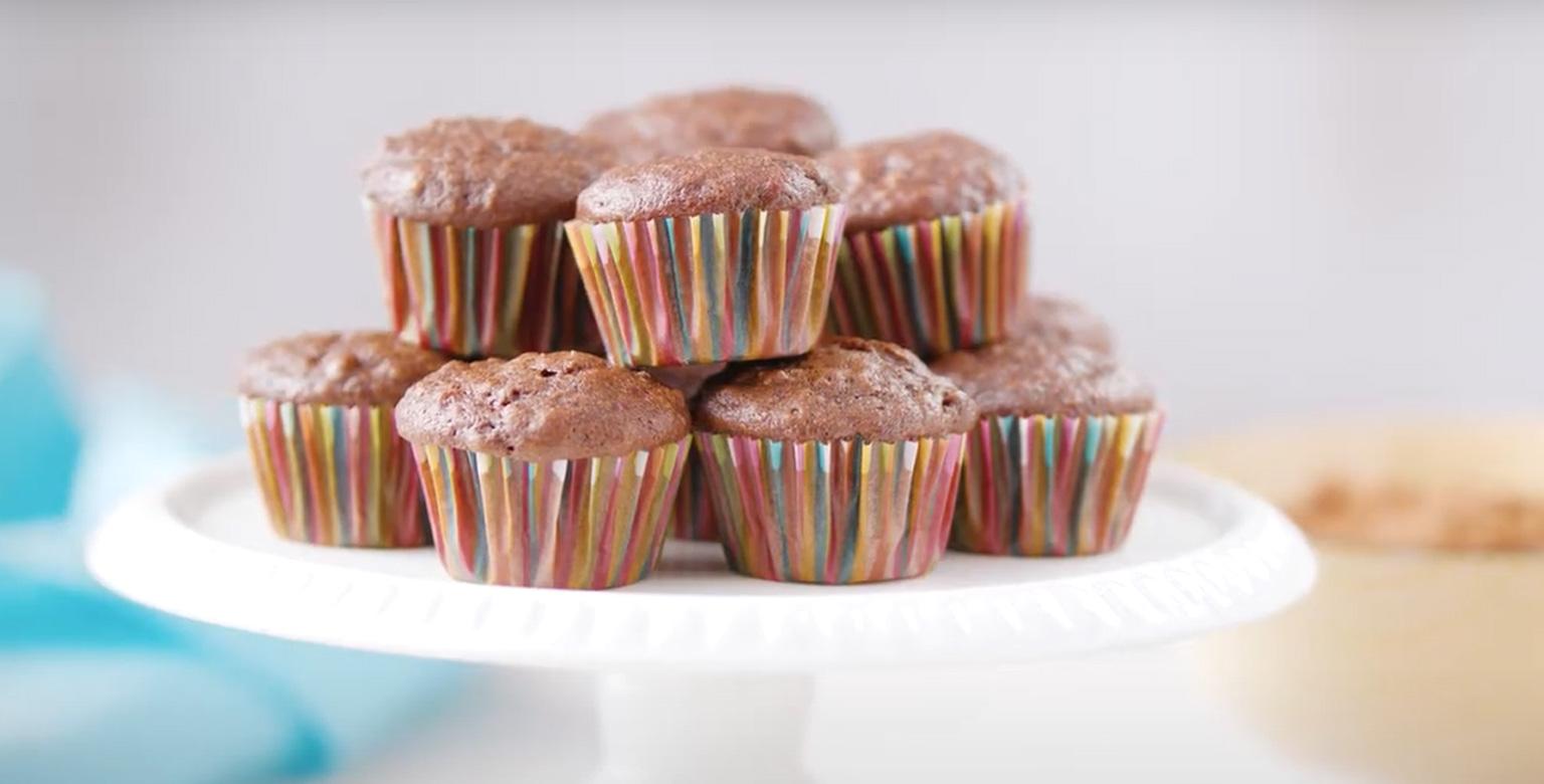 Voir la recette - Mini muffins aux courgettes et au chocolat