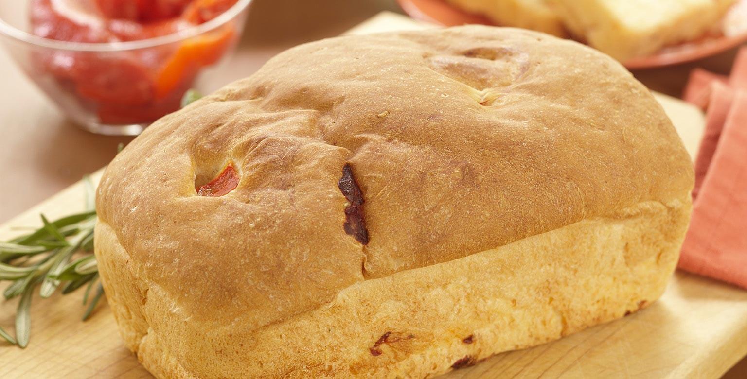 Voir la recette - Pain aux poivrons grillés et au romarin