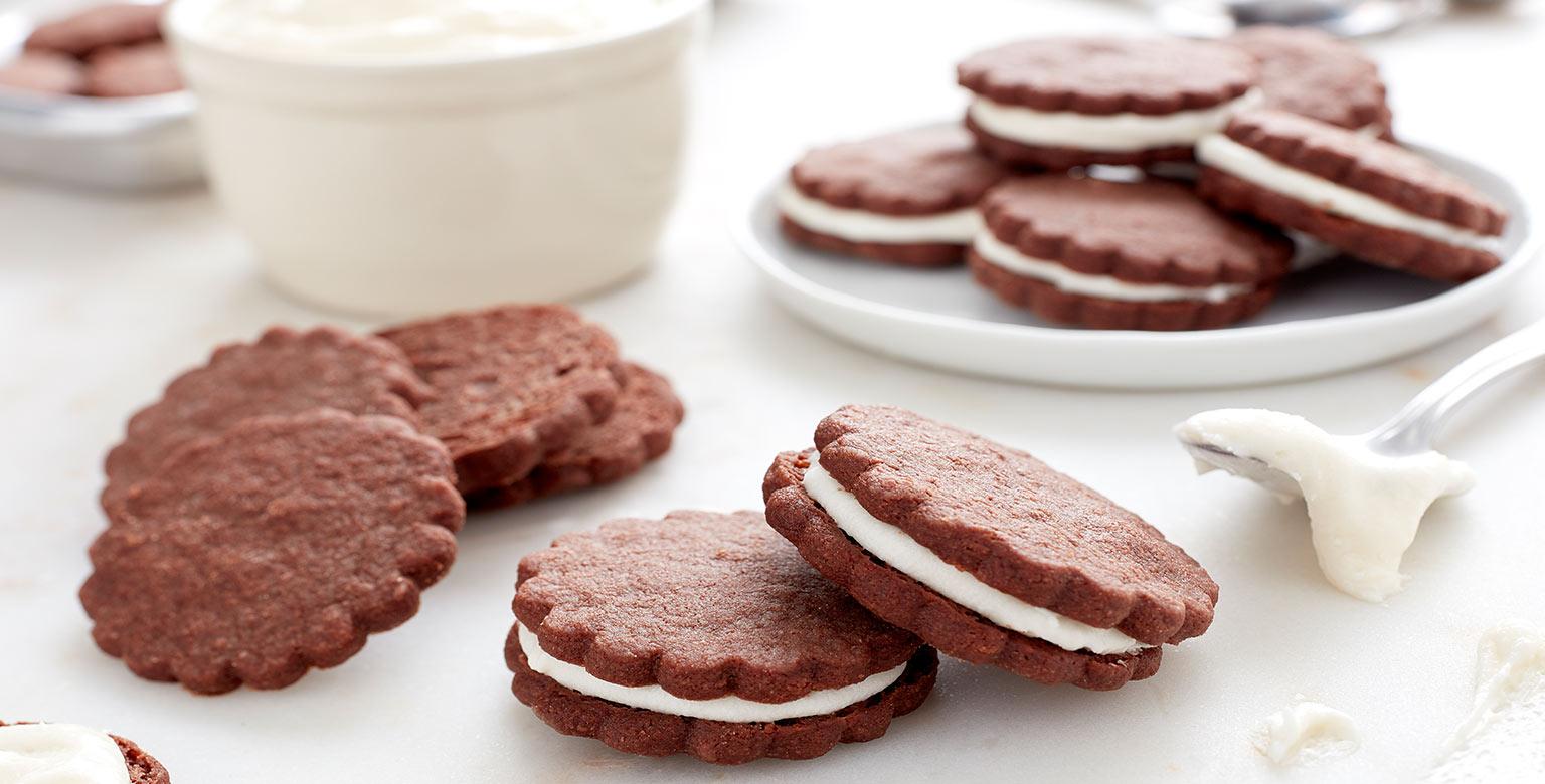 Voir la recette - Sandwichs de biscuits sablés au chocolat