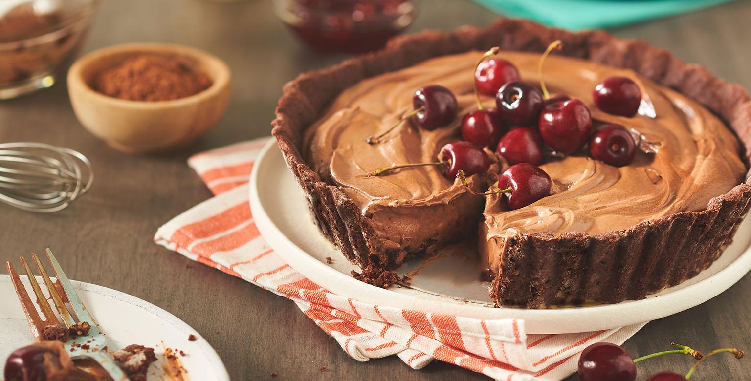 Tarte forêt-noire à la mousse au chocolat