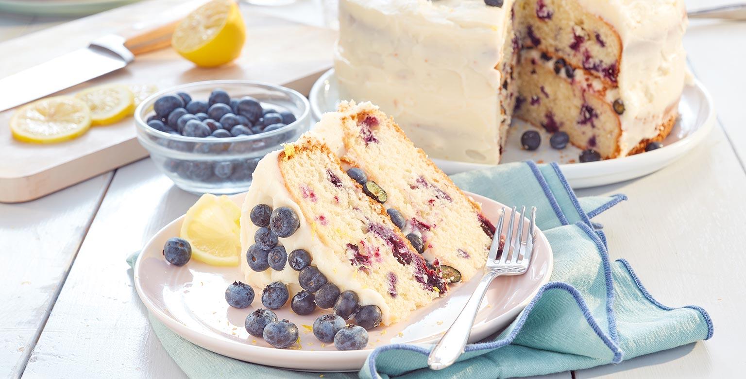 Voir la recette - Gâteau étagé aux bleuets et au citron