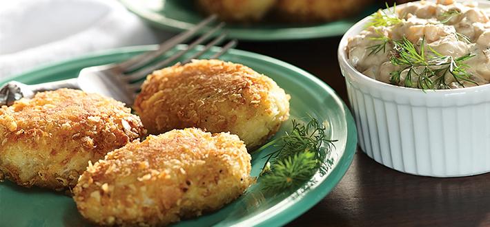 Crab Cakes with Caramelized Onion Garnish