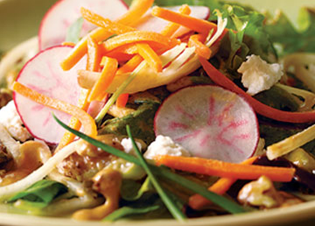 Pear and Spring Mix Salad with Peanut Dressing