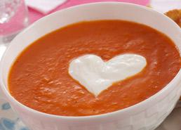 Soupe aux poivrons rouges grillés