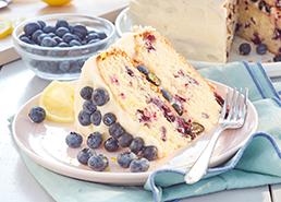 Gâteau étagé aux bleuets et au citron
