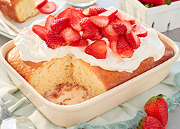 Gâteau tres leches aux fraises