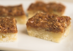 Toffee-Topped Pecan Bars