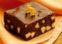Carrés au chocolat à l'orange et aux grains de chocolat blanc