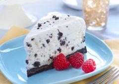 Gâteau à la crème glacée aux sandwichs de chocolat