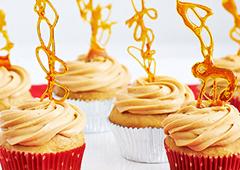 Gingerbread Caramel Cupcakes