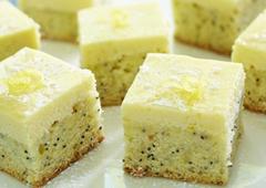 Carrés au double citron et graines de pavot