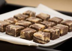 Fudge marbré au beurre d'arachide et chocolat