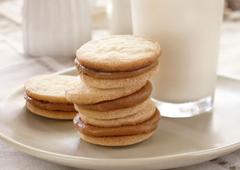 Dulce Sandwich Cookies