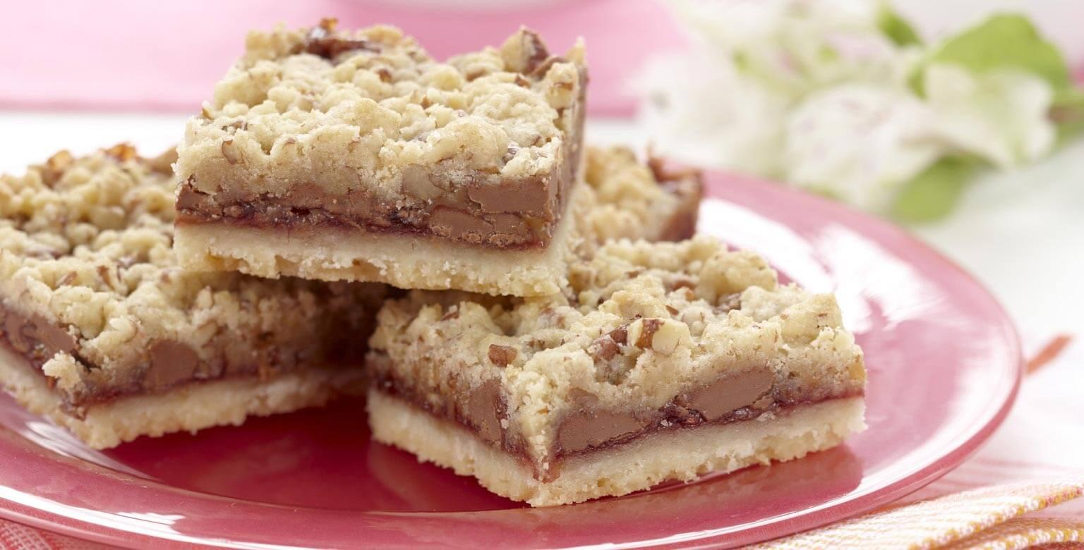 Voir la recette - Barres au chocolat, au caramel et aux framboises
