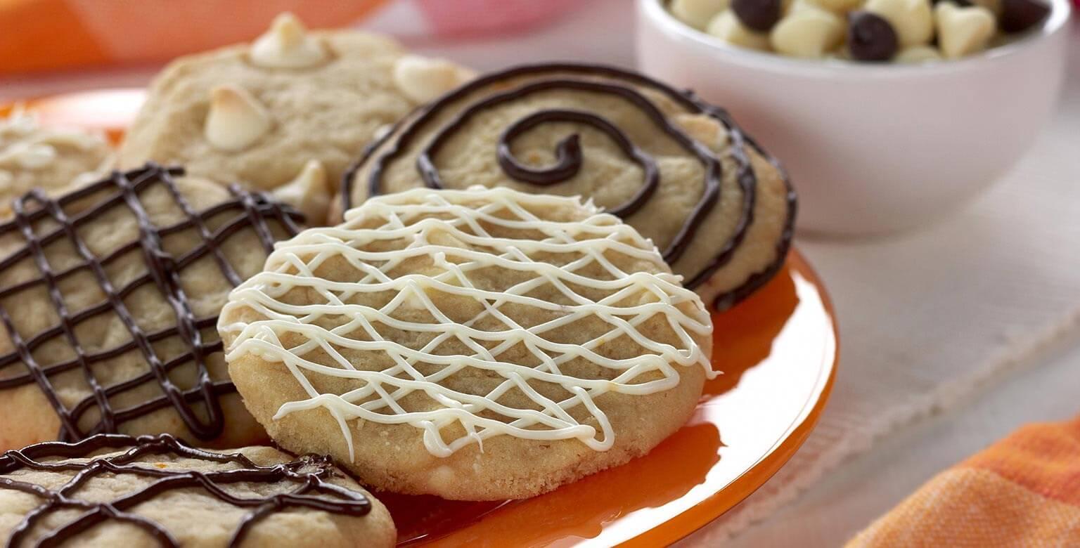 Voir la recette - Biscuits à l'orange et aux grains de chocolat blanc