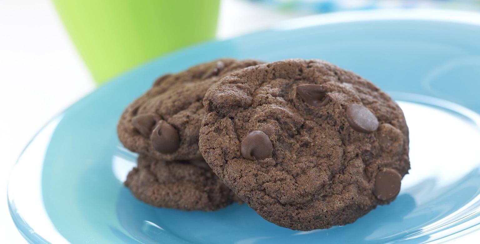 Voir la recette - Biscuits au chocolat et aux éclats de chocolat
