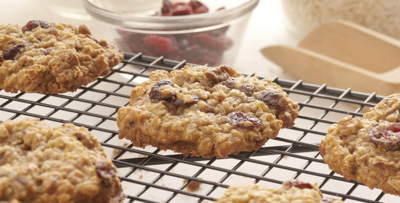 Voir la recette - Biscuits au gruau et aux canneberges
