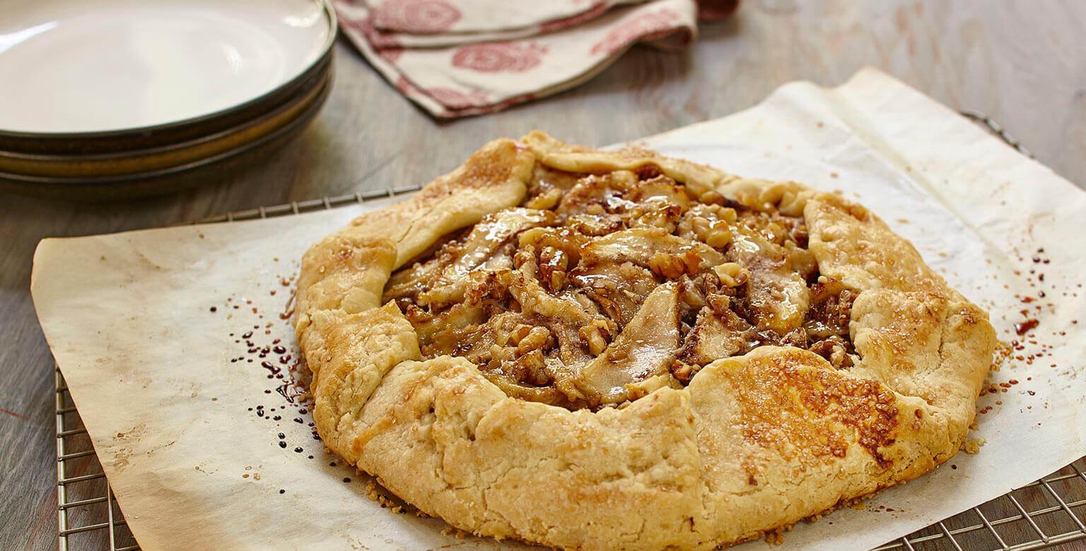 Voir la recette - Galette aux poires et aux noix