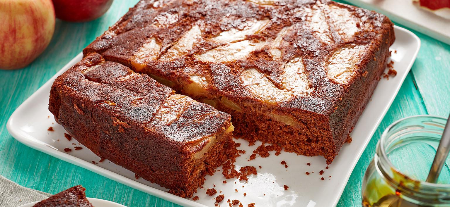 Voir la recette - Gâteau au pain d'épice renversé aux pommes